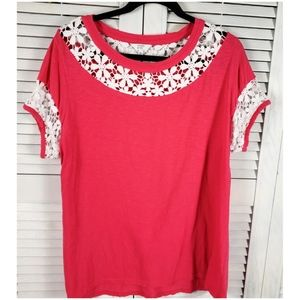 Crown & Ivy Pink Top with Crochet Lace Flowers XL